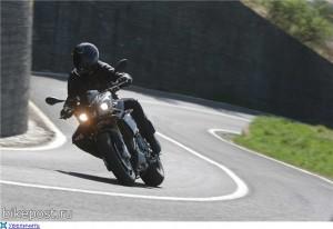 ВНИМАНИЕ: на дороге мотоцикл