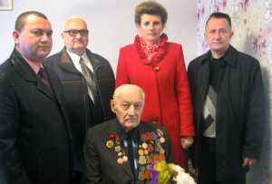 В день юбилея поздравить В. Ф. Иванова приехали Р. Лямин, М. Добранов, Т. Севалкина, В. Эрдман.