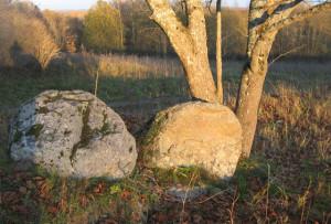 Камяні памятаюць.
