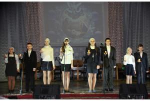 Воспитанники Воскресной школы Свято-Николаевской церкви.