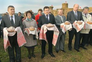 Верхнедвинский район занял первое место в республике по итогам минувшего агросезона и награжден Почетным дипломом на выставке «Белагро-2015»
