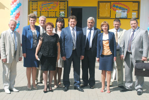 Верхнедвинская делегация с партнёрами из соседних стран в Волоколамске. В центре - И. И. Маркович.