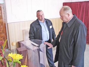 Бельковщинский избирательный участок № 5 посетил международный наблюдатель И. И. Котлобай.