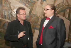 Директор районного Дома культуры  В. Ходорченко и ведущий Алексей Гайдель.