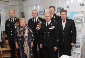 (Злева направа) С. С. Дзянісаў,  Л. А. Рудой,   А.Л. Бычкоў, В. І. Станько, М. В. Крылоў, Г. М. Ягораў.