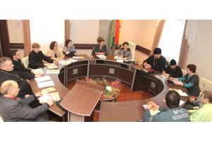 В райисполкоме состоялась встреча представителей власти и священнослужителей