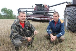 Д. Лакотка і М. Аніськовіч.
