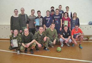 В Сарьянской школе прошли соревнования по волейболу