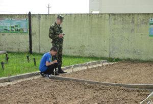 Бигосовские школьники часто посещают пограничную заставу им. Н. Хохлова.