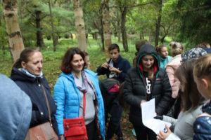 Верхнедвинские гимназисты провели для гостей города экскурсию по дендропарку