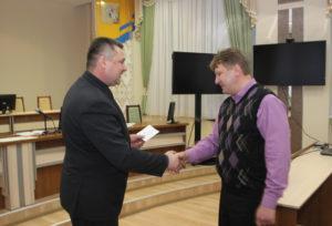 Кандидатам в депутаты районного Совета вручены удостоверения
