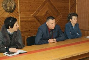 Кандидаты в депутаты встречаются с избирателями