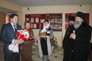 Владыка Феодосий освятил молитвенную комнату в Луначарском
