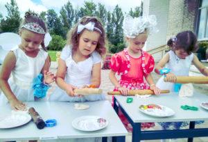 Юные красавицы приняли участие в конкурсе «Мисс-Дюймовочка»