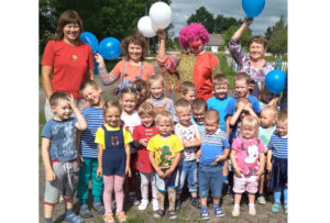 В Борковичах детвора участвовала в шоу воздушных шаров
