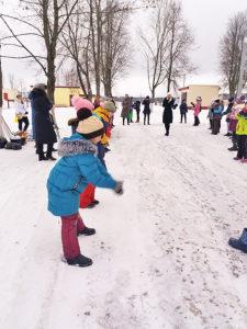 В Верхнедвинской СШ №2 прошёл праздник снега
