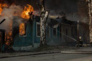 Начало года связано с ростом пожаров и гибелью людей на них