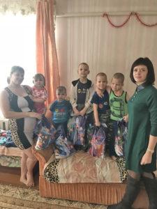 Активисты Белорусского союза женщин побывали в опекунских семьях