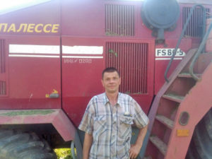Механизатор Верхнедвинщины – в числе лидеров областного соревнования