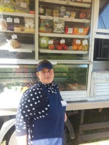 Одним из лучших работников автомагазинов  райпо является Татьяна Ивановна Павлюченко – она  добросовестно обслуживает жителей 25 деревень Сарьянского и Бигосовского сельсоветов.