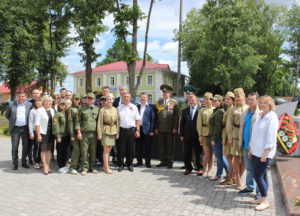 В Верхнедвинске побывал автопробег, посвящённый 75-летию освобождения